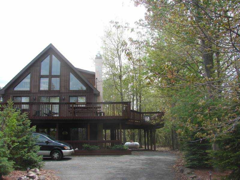Albrightsville Chalet with Huge Deck