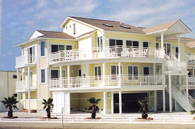 North Wildwood 4BR Deluxe Beachfront Home with Oceanviews