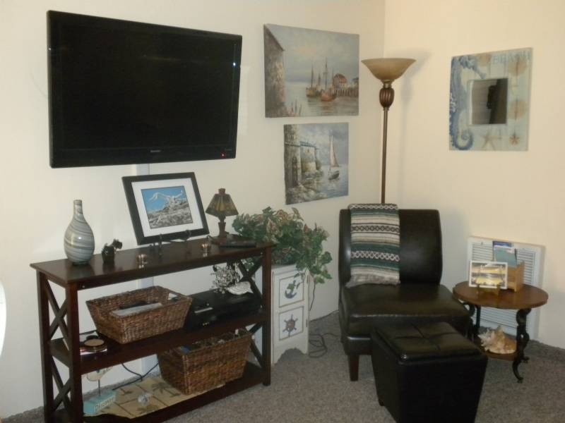North Wildwood Ocean Front Condo Sleeps 6