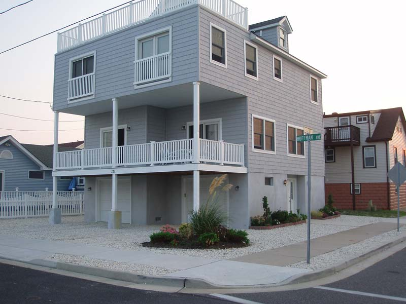North Wildwood 4 BR House Ocean Front/Beach Block