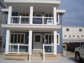 Wildwood Crest Newly Renovated w/Spectacular Views, Just Steps to Beach
