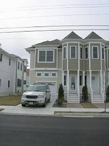 Wildwood Crest Townhouse 1.5 Blocks from Beach, 2400 Sq Ft