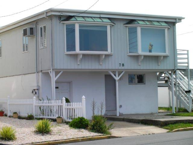 Pt Pleasant Family Friendly NJ Shore Beach House - Clean, Near Beach