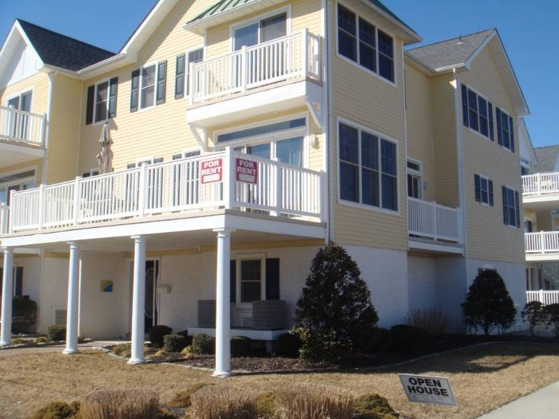 North Wildwood Rent with Friend/Family to Get Last Hurrah for Summer