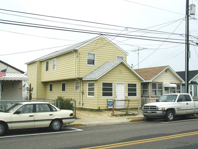 Seaside Heights 6 BR 2 BA w/ Central A/C Parking