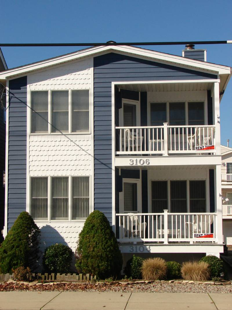 Ocean City Only 3 Houses from Beach! All of September Still Open