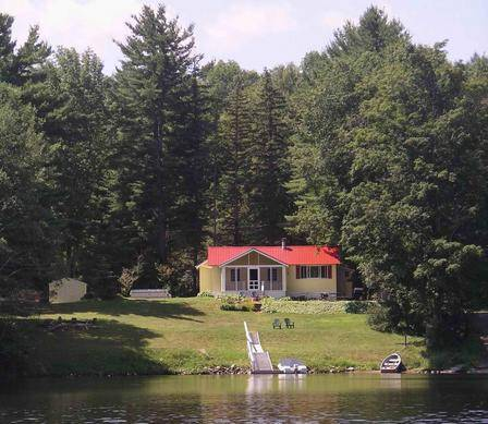 Lake Algonquin Gorgeous Lakefront - Charming Cottage
