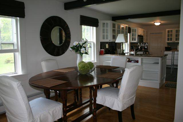 Liberty Stylish Farmhouse on 50 Acres, 2 Hrs from GWB