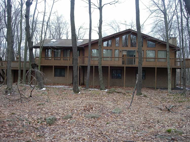 Big 5 Bedroom, 3 Bathroom Home in the Poconos