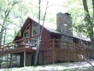 Lake Harmony Huge and Spacious Mountain Chalet - Great for Family Get-Togethers