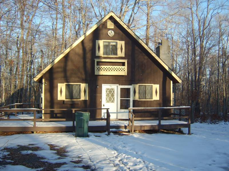 Tobyhanna Single Family House 4br 2ba Sleeps 10