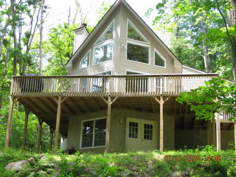 Lake Ariel Large Chalet w/ Gorgeous Fireplace and Great Room #3826